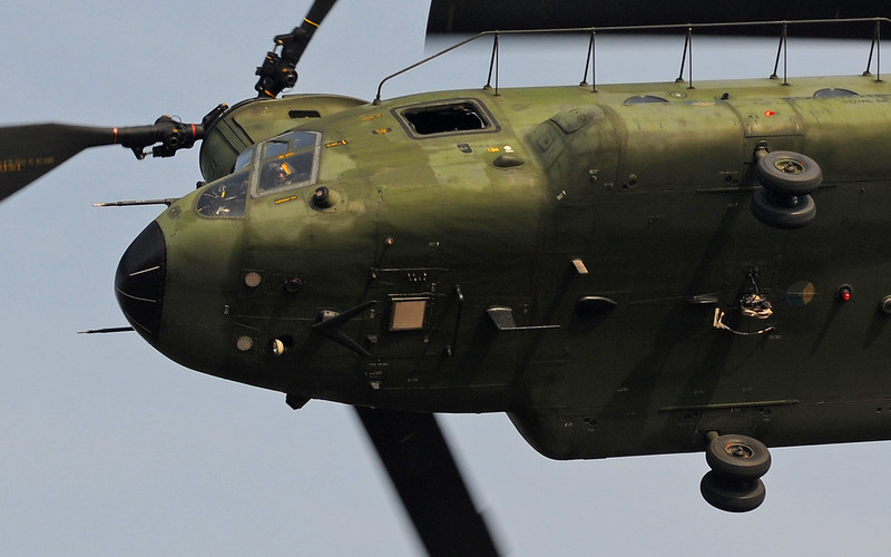 9-Boeing-CH-47D-Chinook-RNLAF-D-106