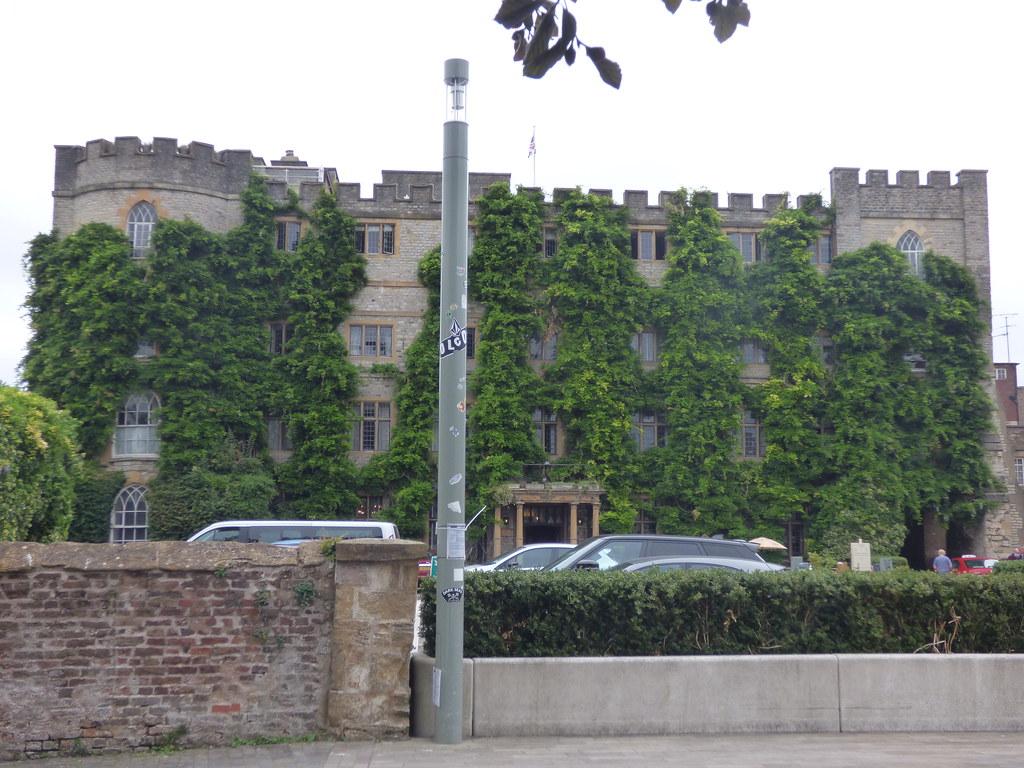 The Castle Hotel - Castle Green, Taunton