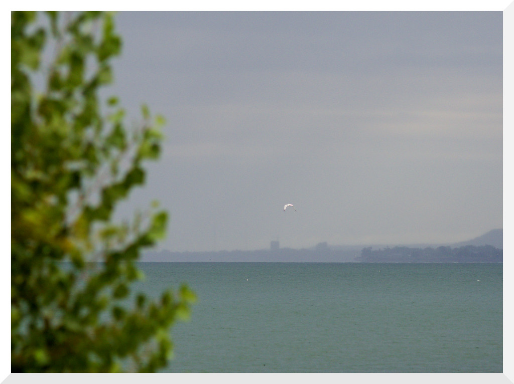 Lake Ontario from Burlington: Van Wagners Beach: - 7 (of 10) - Olympus OM-D E-M10 Mark II with Takumar 1:2.8 120mm Prime (M42 Mount) and Fotodiox M42 to M43 Adapter & Polarizer