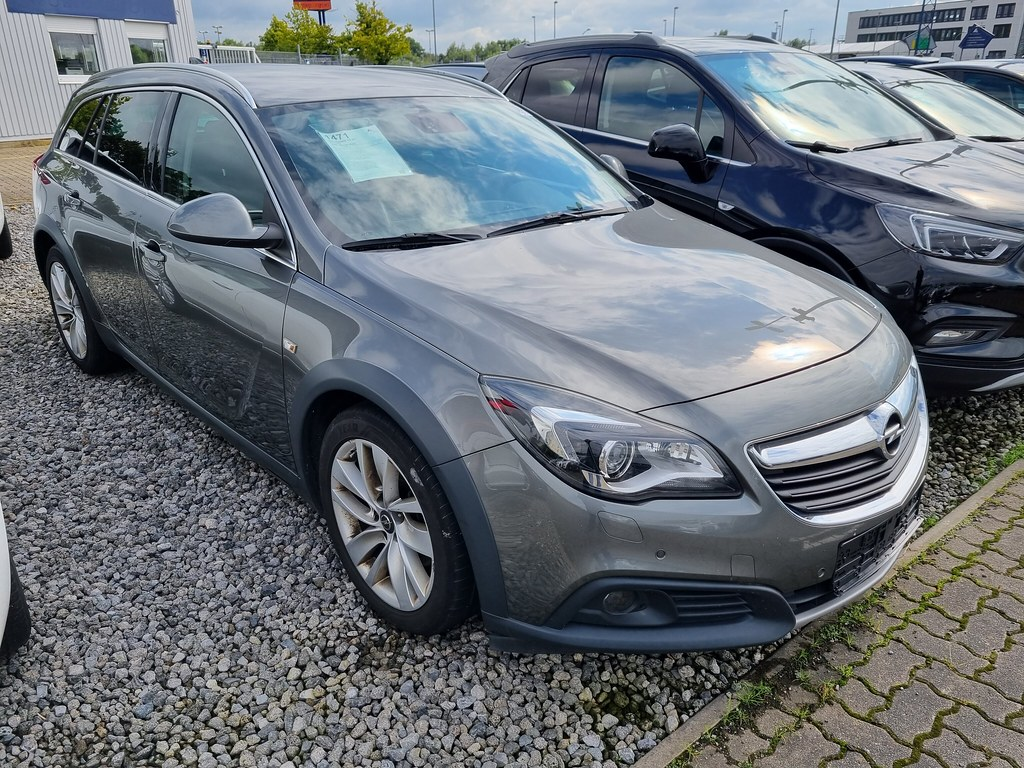 Opel Insignia CT ST 2.0 CDTi