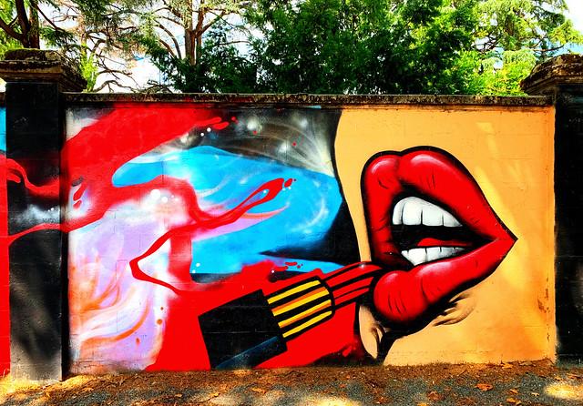 Lipstick Jungle.