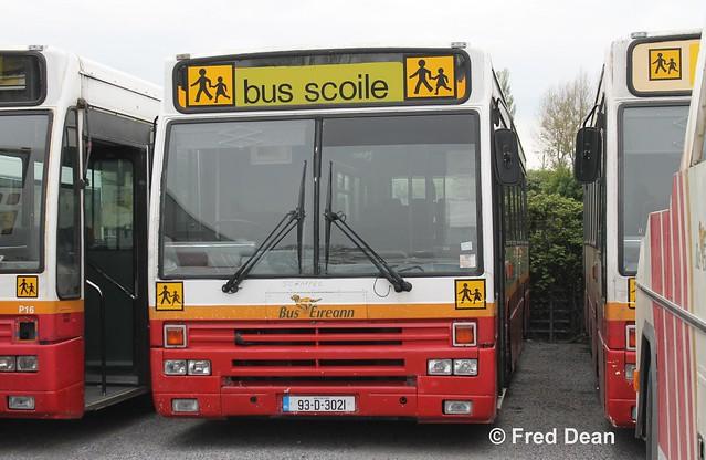 Bus Éireann P 21 (93-D-3021).