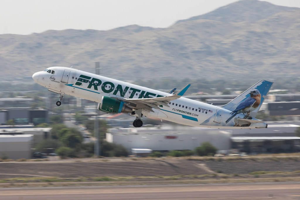 Frontier Airlines Airbus A320 N230FR -Betty the Bluebird--3297