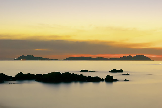 Anocheciendo en la Ría de Vigo. (Vigo bay sunset)