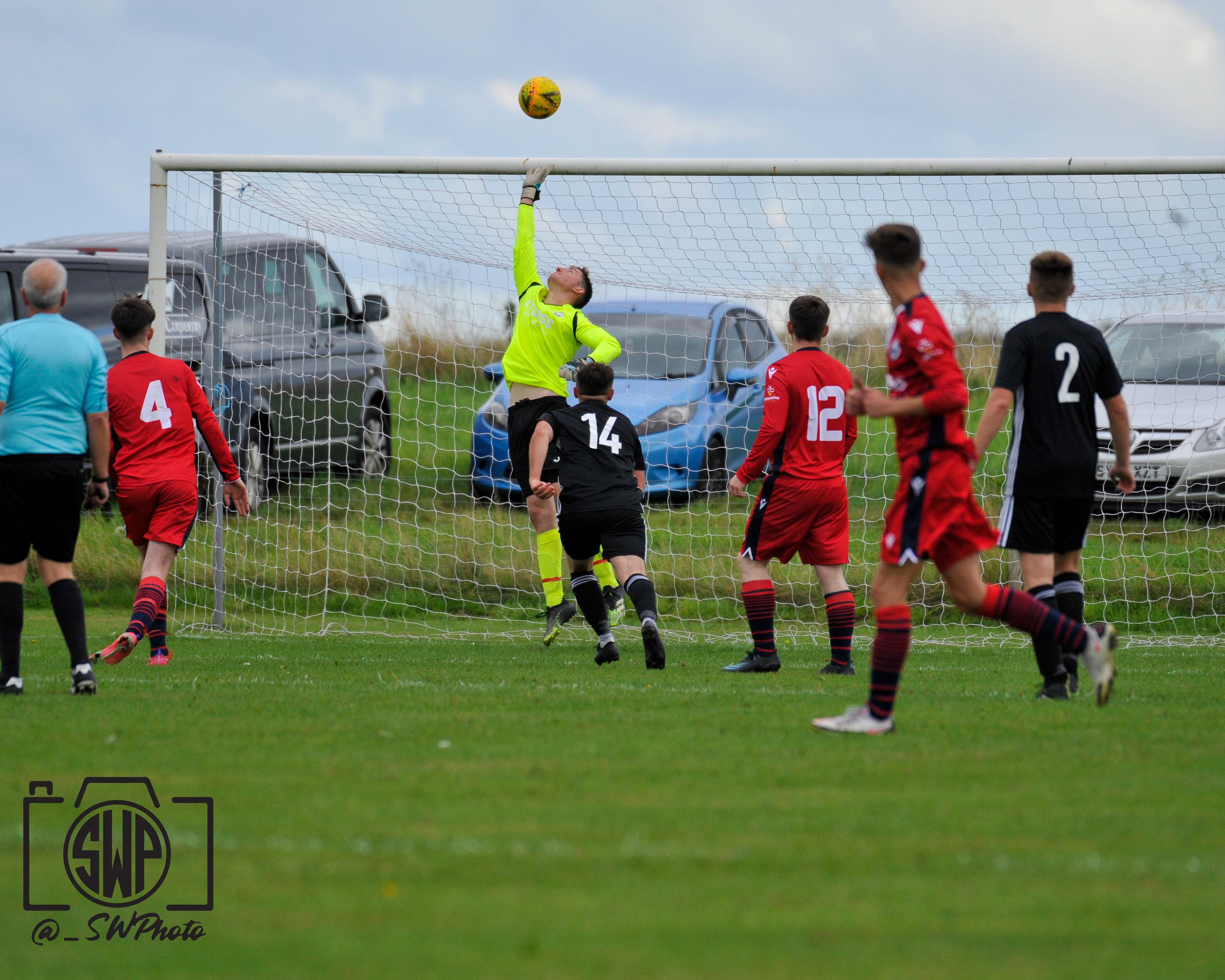 St Duthus FC v IAFC 18-09-21 -32
