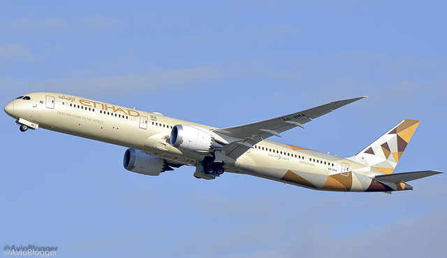 A6-BMA Etihad Airways Boeing 787-10 Dreamliner ex N1003W
