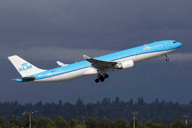 KLM PH-AKB