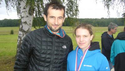 Vysocký krosový půlmaraton vyhráli Špaček a Pavelková