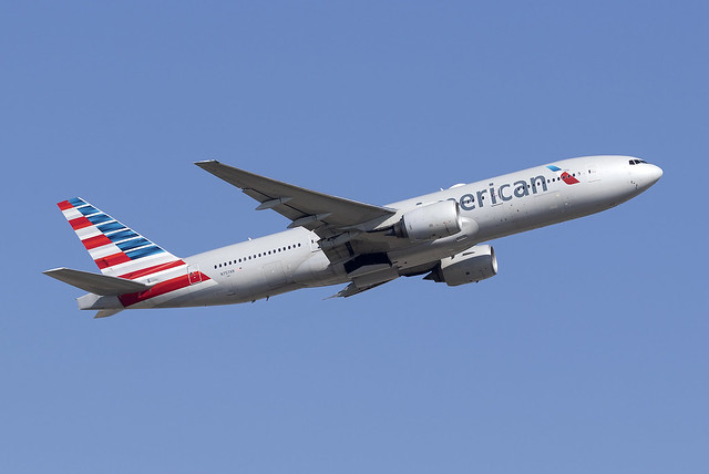 American Airlines 777-200ER N757AN at Heathrow Airport LHR/EGLL