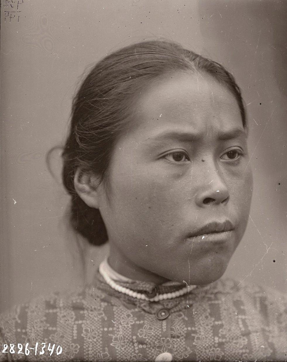 1909. Июнь - июль. Евдокия Артамонова. Атту остров