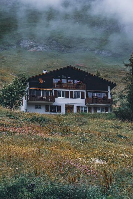 mountain vacation retreat