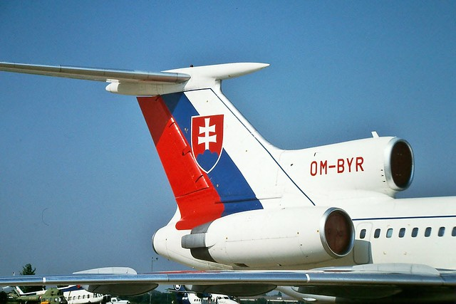OM-BYR Tupolev Tu-154M Slovak Govt  --- Bratislava 25-6-03