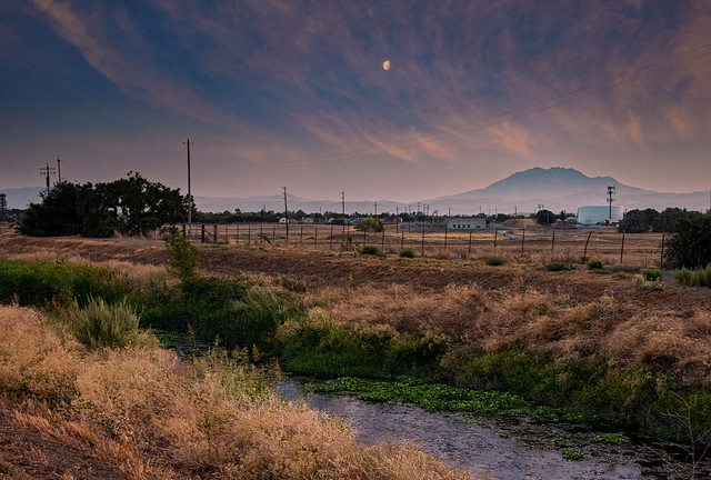 Oakley, CA - Marsh Creek Trail
