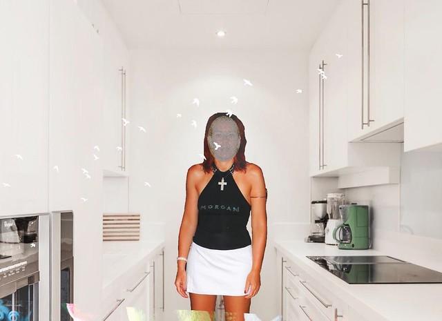 une photo de ma femme pour vos coms