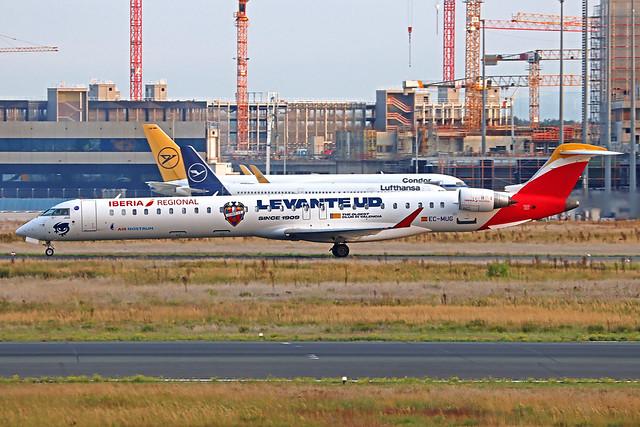 Iberia Regional (Air Nostrum) Canadair CRJ-1000 EC-MUG FRA 17-09-21