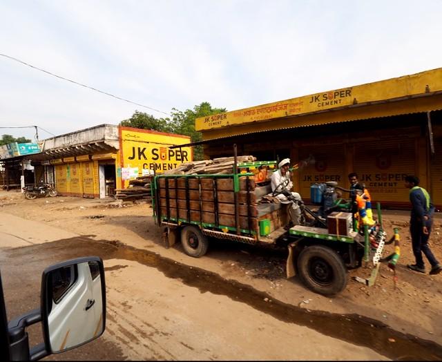 Das Fahrzeug von Morgen. Indischer Alltag