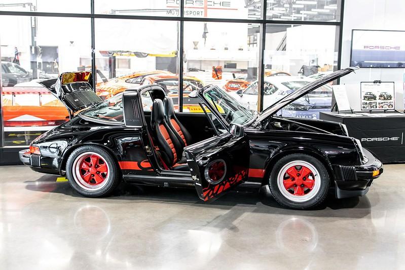 1989-Porsche-911-Targa-13