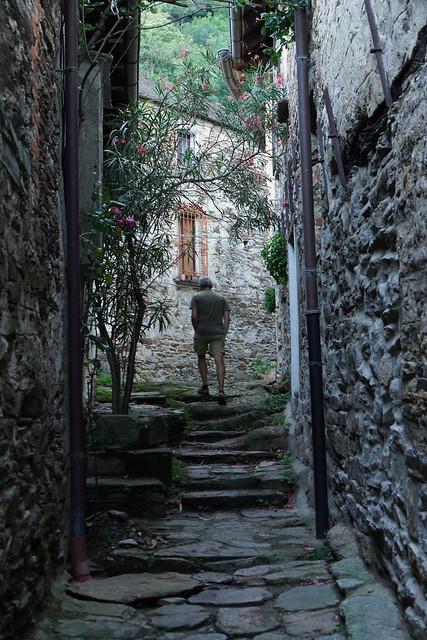 Joachim walking around Carmine Superiore