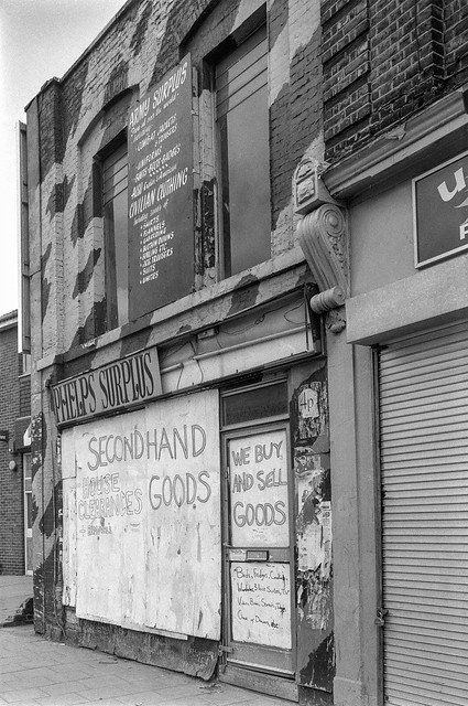 Phelps Surplus, Shop, High Rd, Tottenham, Haringey, 1991, 91-5f-63