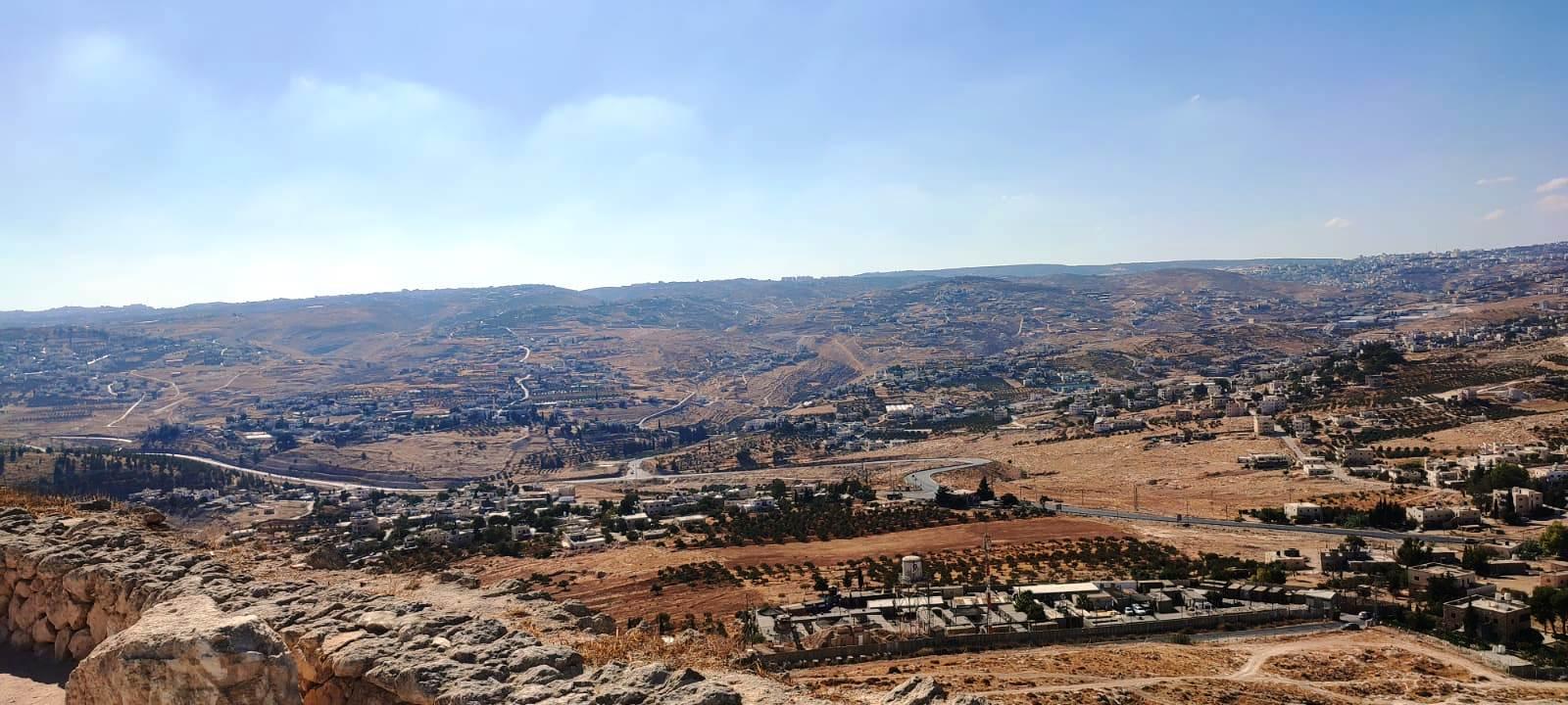 17. Вид с вершины на Иерусалим и окрестности