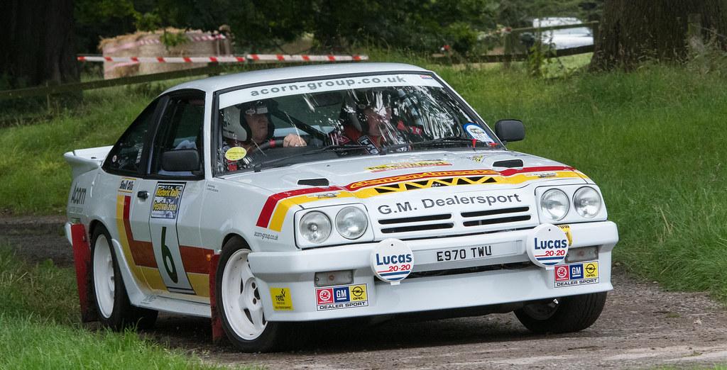 Opel Manta i200 - Hill