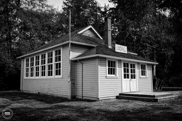 LOCHIEL Schoolhouse circa. 1924