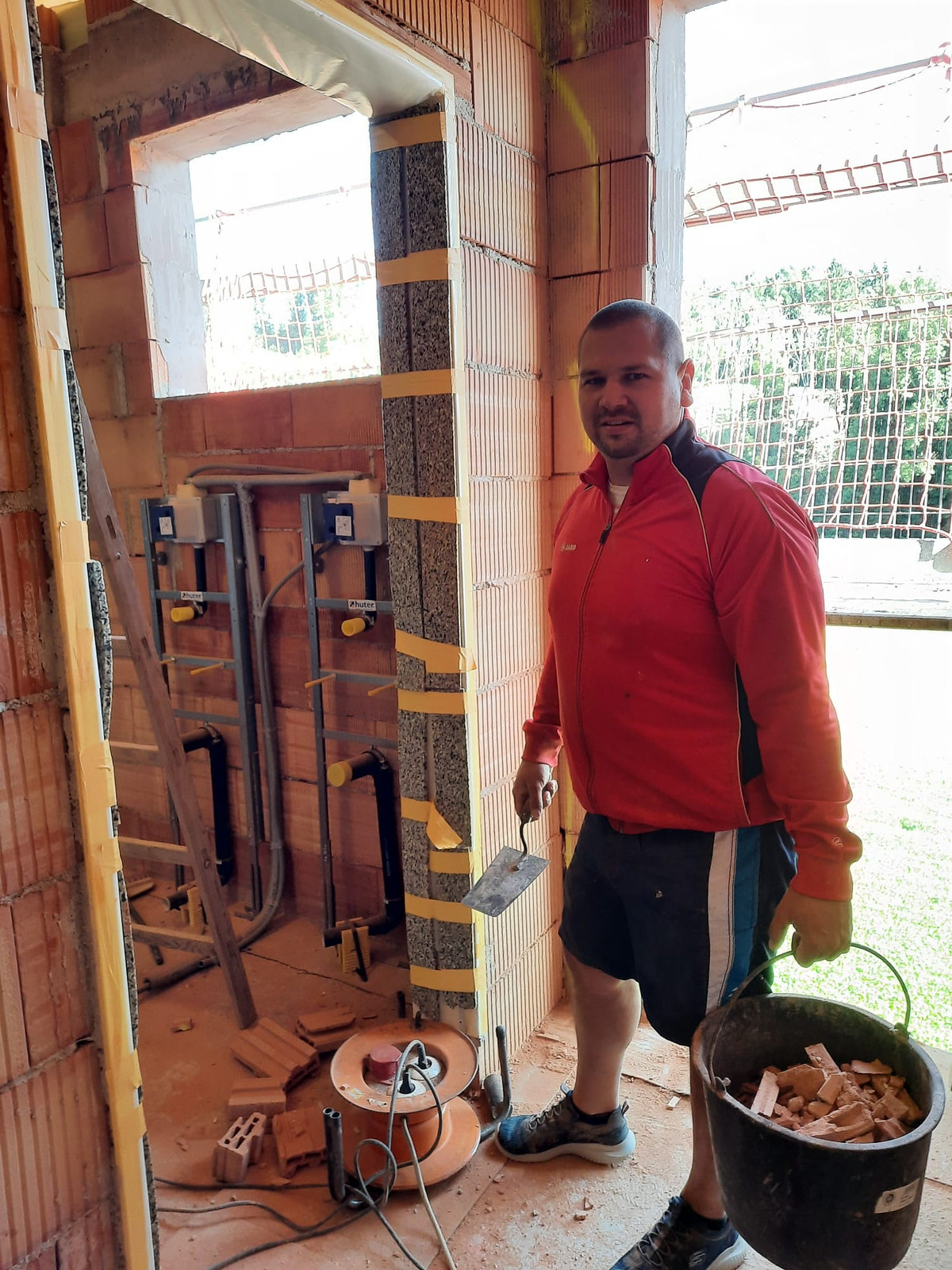 21_09_04 Elektriker u. Installations Arbeiten 12.jpg