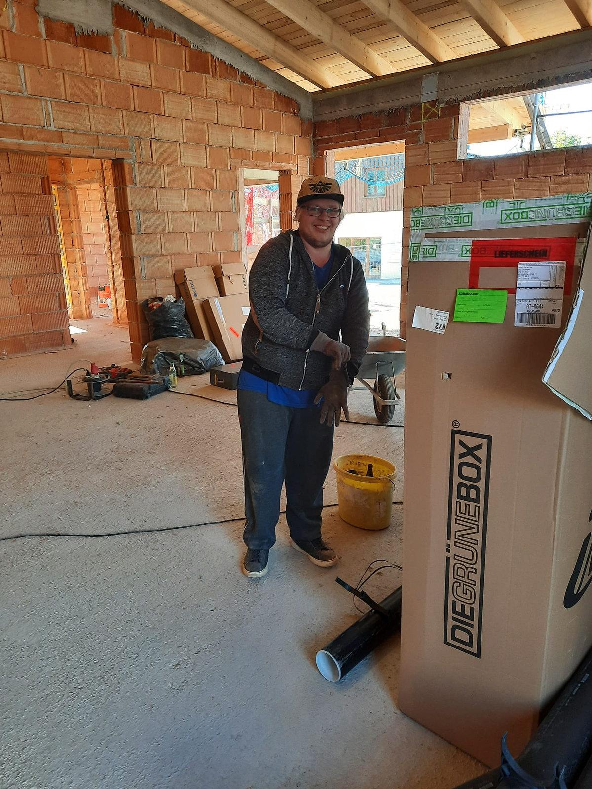 21_09_04 Elektriker u. Installations Arbeiten 02.jpg