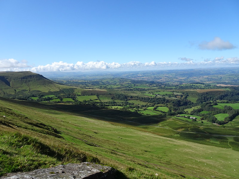 Hay Bluff - looking along the Beacons