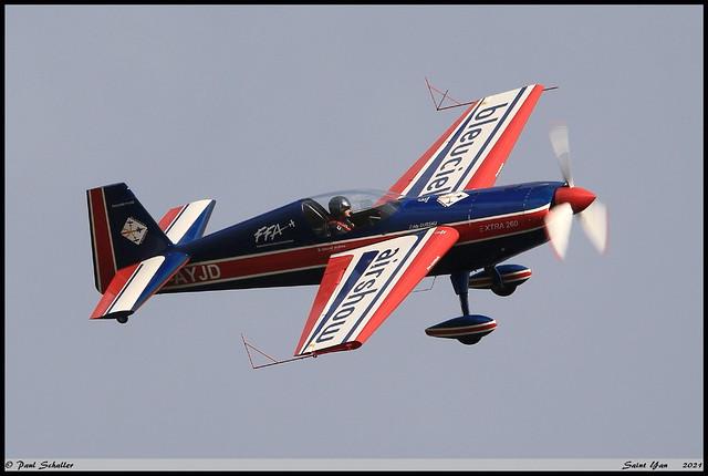 EXTRA EA260 F-AYJD 02