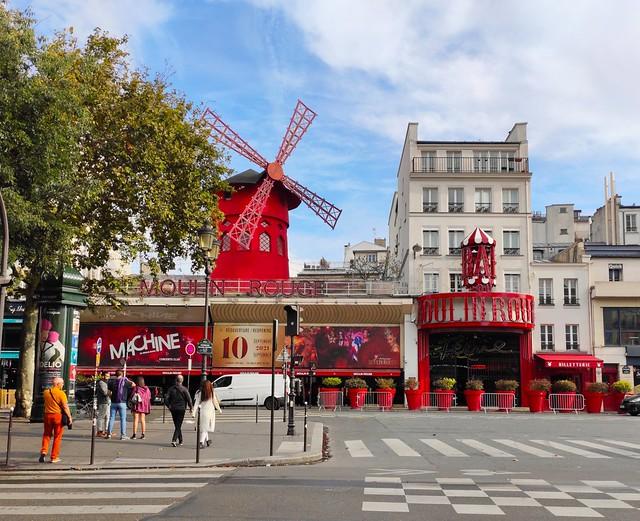 Le Moulin Rouge / Paris