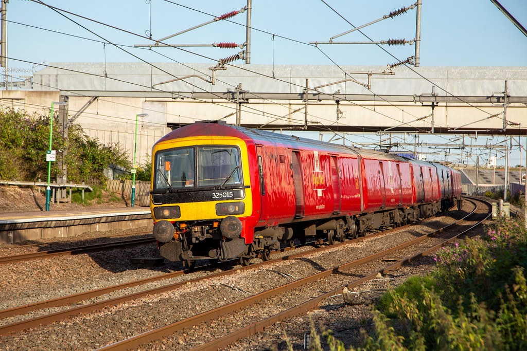 Royal Mail 325 015, Lichfield Trent Valley, August 2021