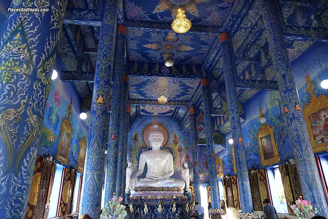 chiang rai blue temple design