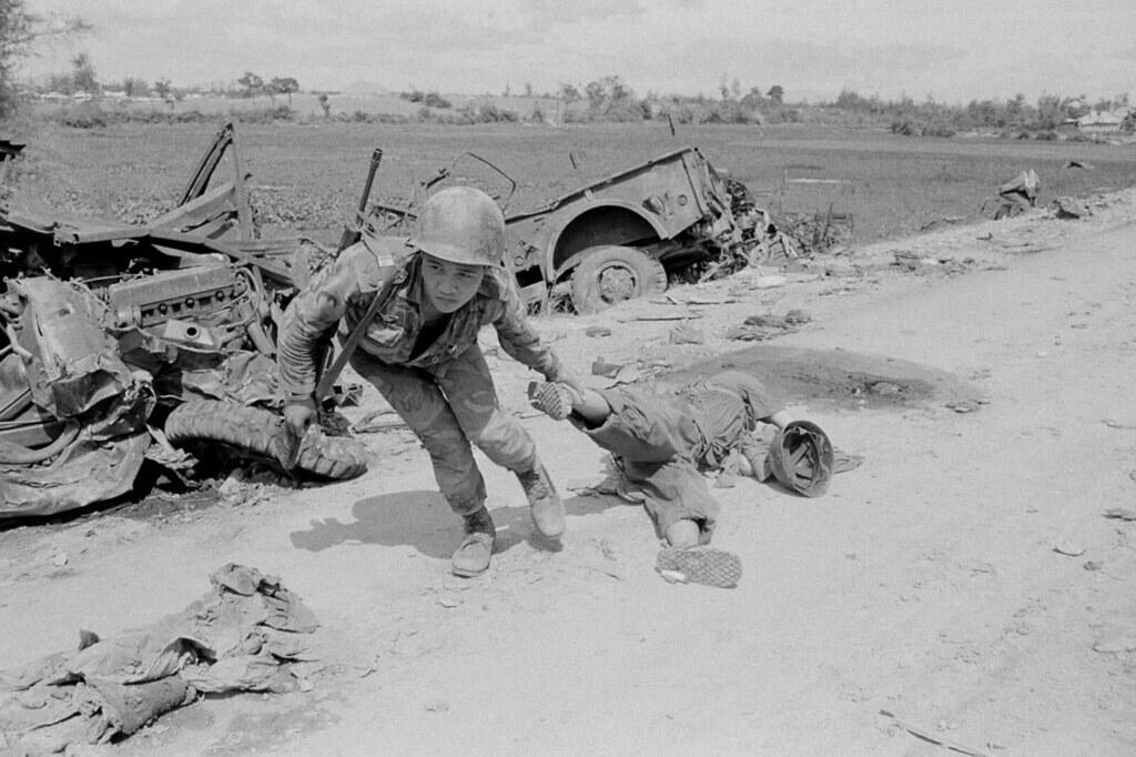 Vietnam Easter Offensive 1972 - QUẢNG TRỊ mùa hè đỏ lửa - North Vietnamese Dead