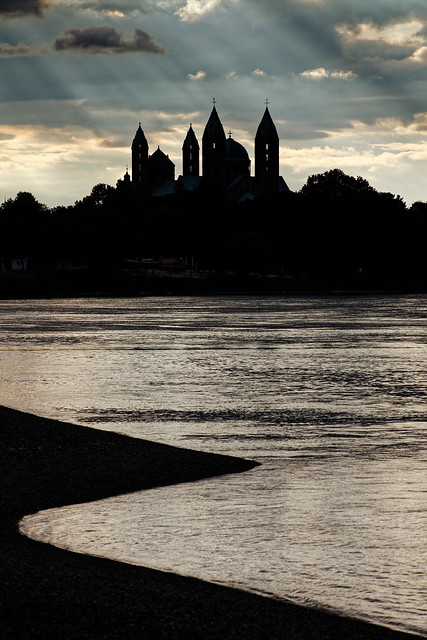 Silhouette of Speyer Cathedral / Speyerer Dom
