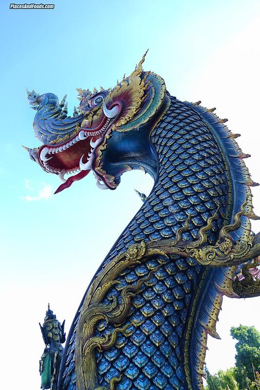 Wat Rong Suea Ten Blue Temple Chiang Rai naga