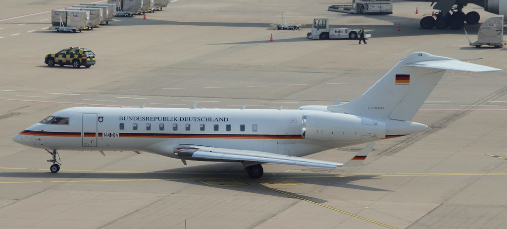 GAF German Air Force, 14+04,MSN 9417, Bombardier BD-700-1A11 Global 5000,18.09.2021,CGN-EDDK, Köln-B