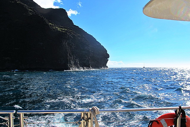 Kauai - rounding King Kong Rock and heading north up the Na Pali Coast