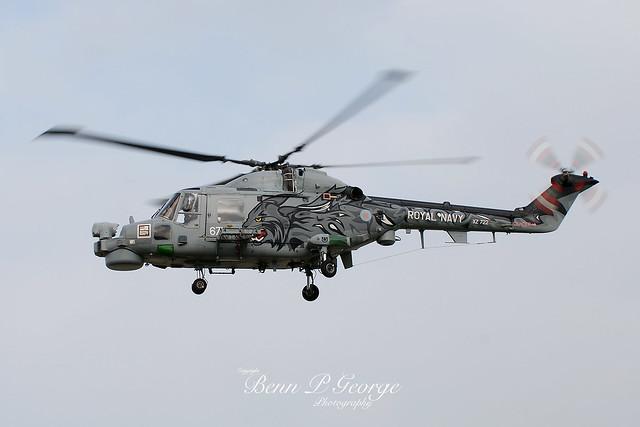 LYNX-HMA8SRU-671-XZ722-14-10-07-RAF-MILDENHALL-(3)