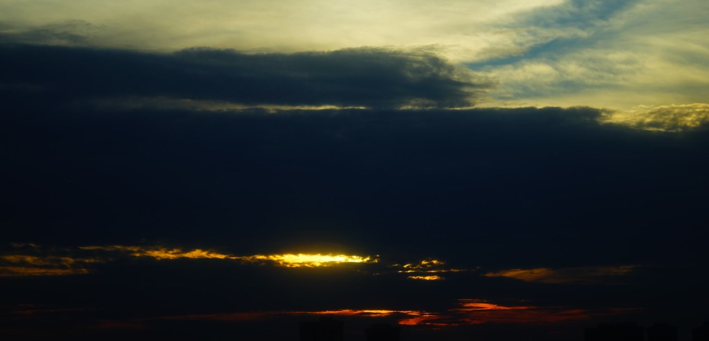 sunset from vintage lens without retouch