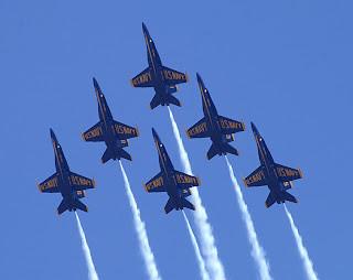 Blue Angels Delta Formation - http://jicaaas.blogspot.com/2007/04/?m=1