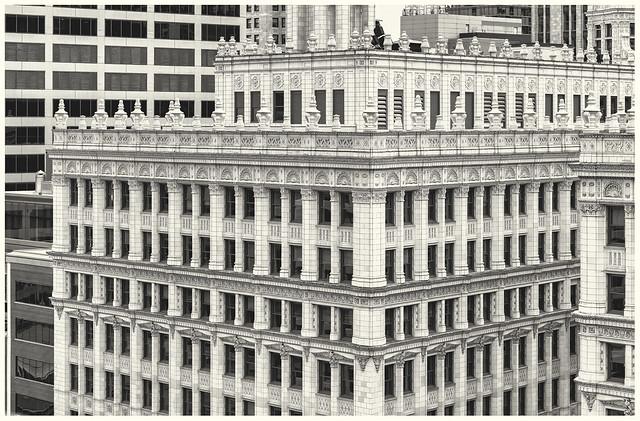 Chicago architecture (monochrome)