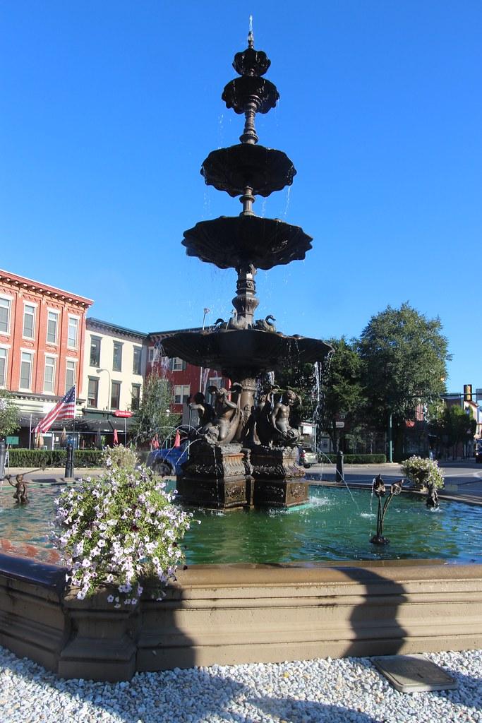 Chambersburg Civil War statue