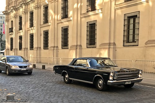 Ford Galaxie 500 XL 1966 - Chile's Presidential State Car