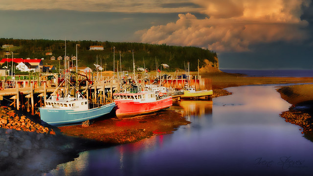 Alma Harbour in Low Tide, Alma, New Brunswick, Canada