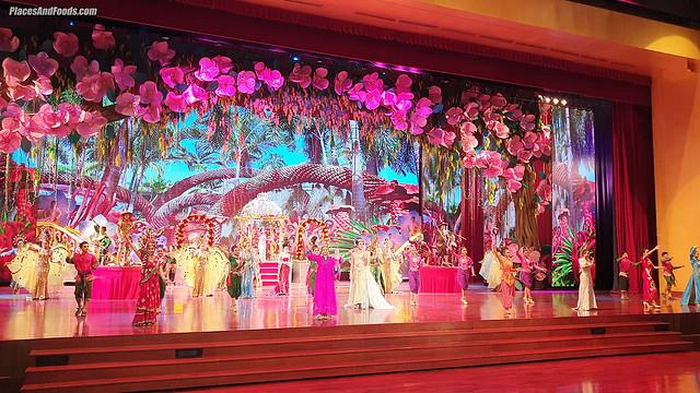 nongnooch garden pattaya cabaret show