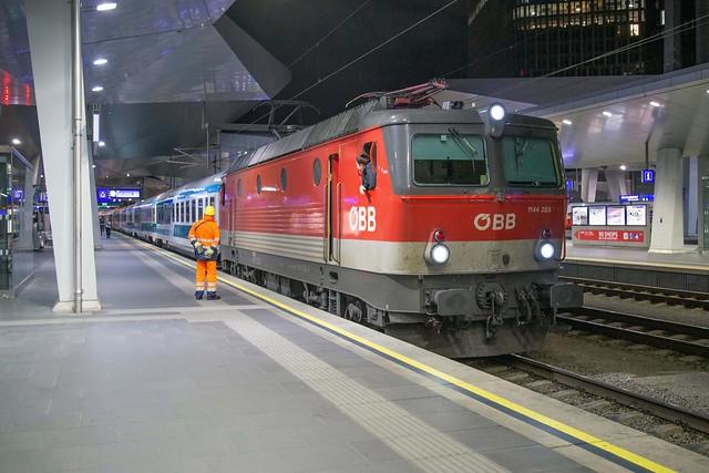 ÖBB 1144 285 Wien Hbf