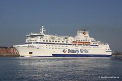 Ship. Normandie 9006253