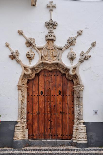 Au hasard des rues, la beauté des portes d'Olivenza, comarque des Llanos de Olivenza, province de Badajoz, Estrémadure, Espagne.'