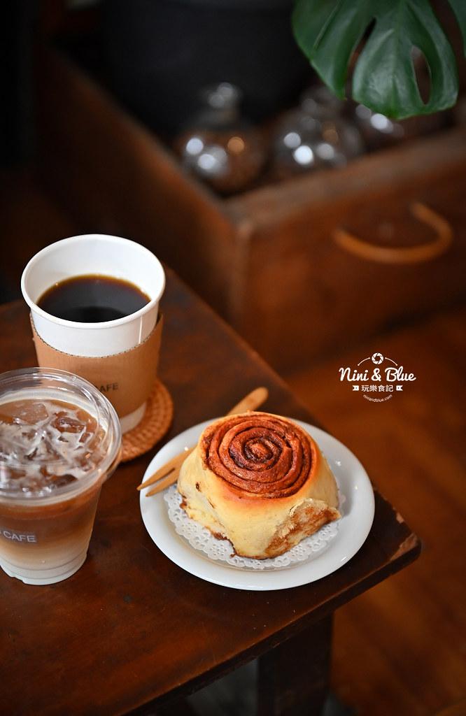 5J cafe BOB大里花市咖啡肉桂捲14